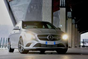 Nuova_Mercedes-Benz_CLA_(1)