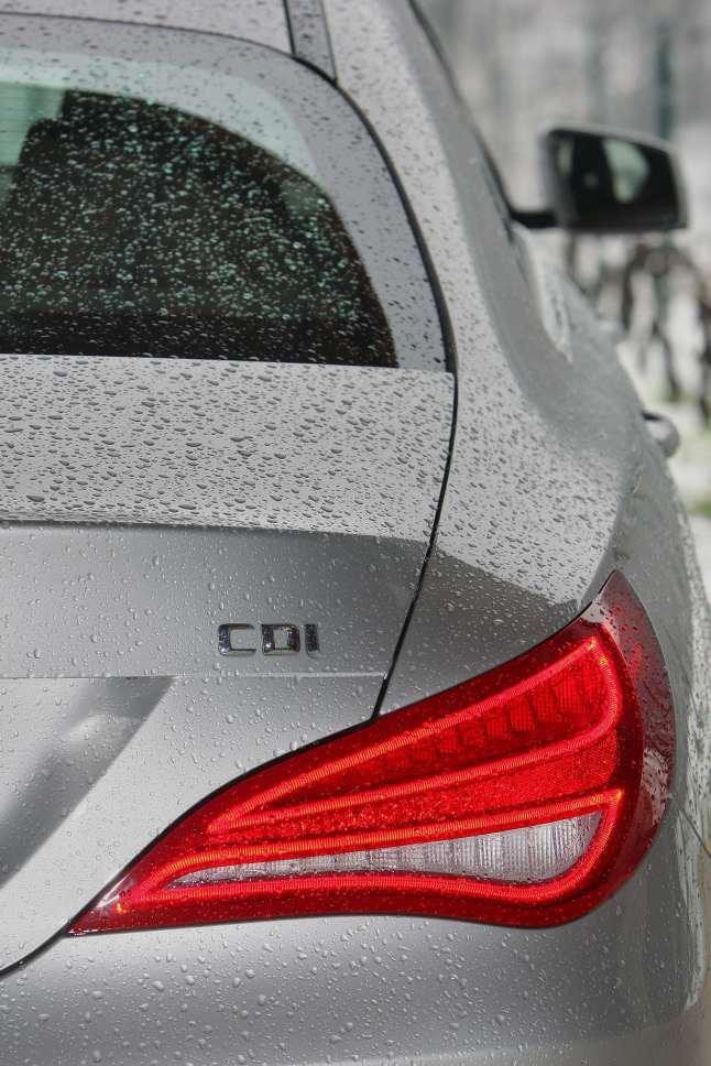 Nuova_Mercedes-Benz_CLA_(16)