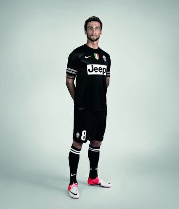 120619_J_maglia_Juventus_01