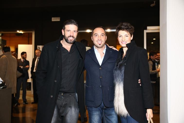 L'organizzatore della serata Cristiano de Masi tra Vincent Candela e sua moglie