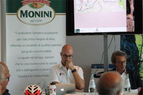 Il presidente dell_ASD MTB Club Spoleto Ing. Luca Ministrini e l_ing. Giuseppe Federici delegato di Umbria Mobilità
