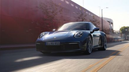 Nuova Porsche 911 lancio Roma marzo 2019 blu