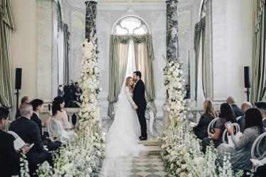 mini_Sposi Russi vestiti da La vie En Blanc Atelier e Carosi Uomo (1)